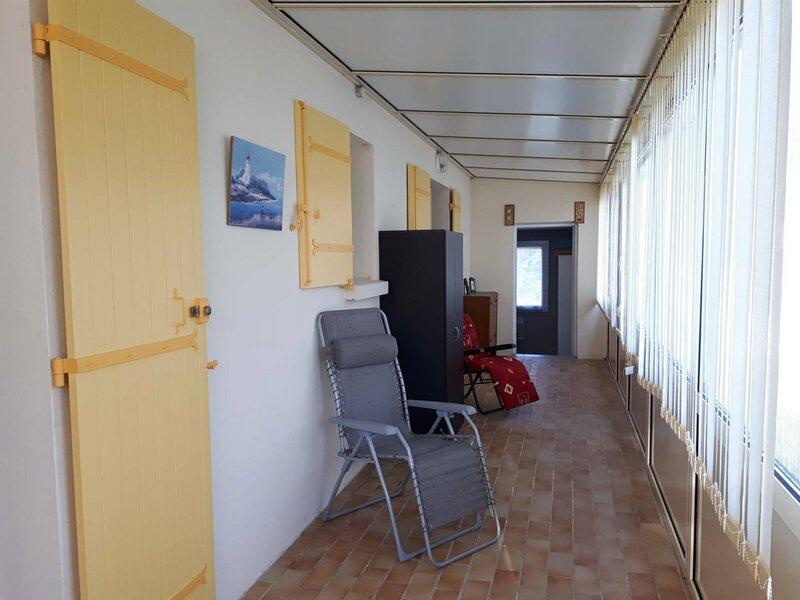 MESCHERS S/GIRONDE - MAISON - GRAND JARDIN PROCHE PLAGE & CENTRE VILLE, casa vacanza a Meschers-sur-Gironde