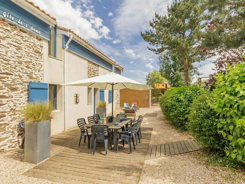 Location Gîte Port-Saint-Père, 4 pièces, 8 personnes, holiday rental in Vue