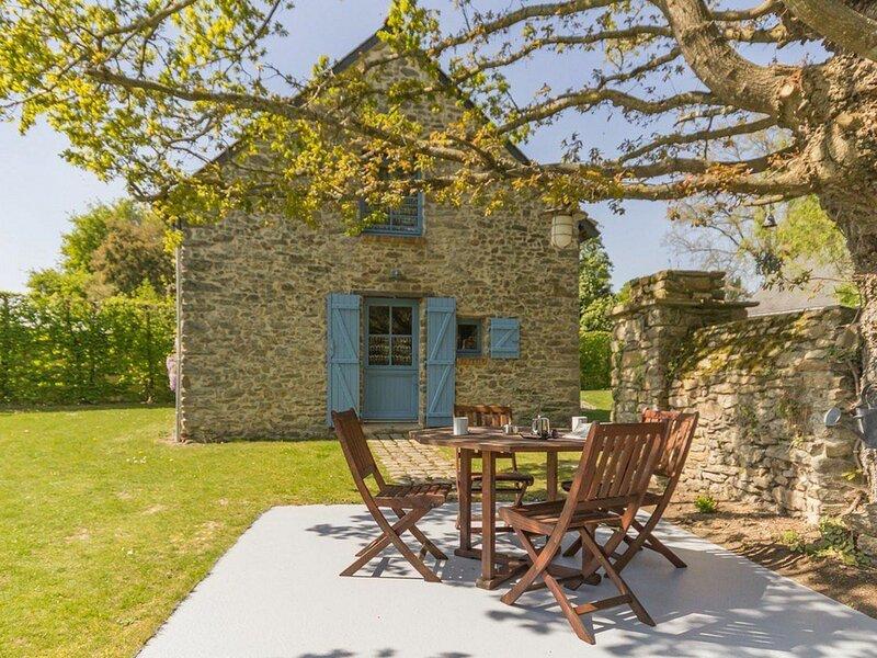 Gîte bleu, vacation rental in Saint-Gildas-des-Bois