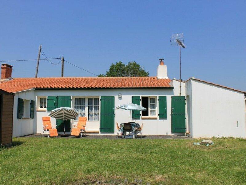 Le Bois Joli, holiday rental in Bois-de-Cene