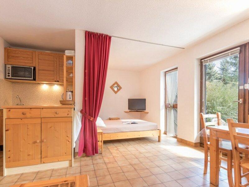 Location vacances à la montagne 5 Pax. Chantemerle, Serres-chevalier., holiday rental in Saint-Chaffrey