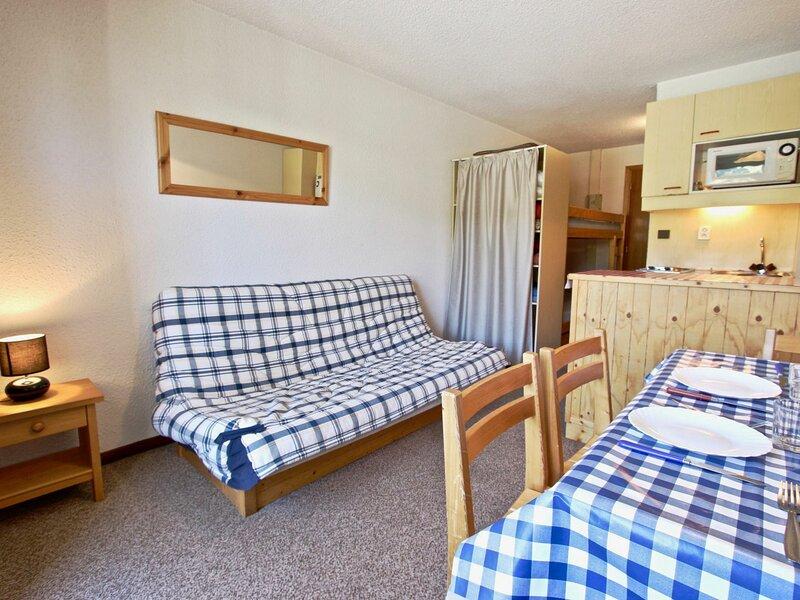 Studio 3/4  places avec place de parking couvert et belle vue sur les pistes., vacation rental in Uriage les Bains