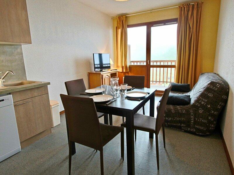 Appartement chaleureux et lumineux rénové 2 pièces 4/5 personnes idéalement, holiday rental in Saint-Martin-d'Uriage