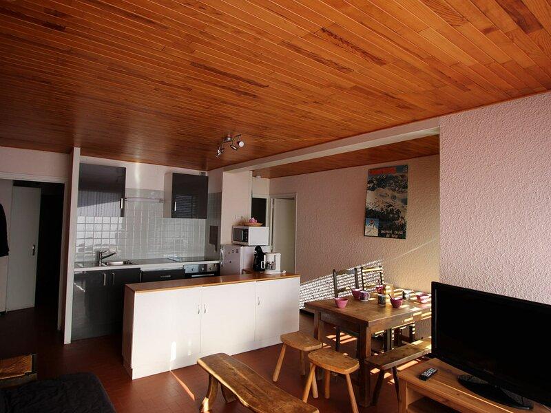 Grand 3 pièces 6 places dans résidence calme, location de vacances à Herbeys