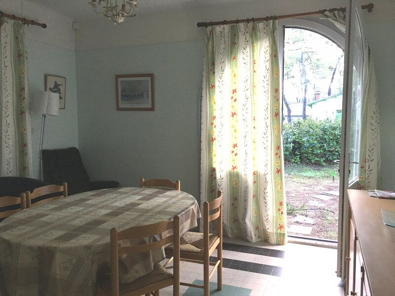 Maison pour 6 personnes à la Grière-Plage  sous les pins, holiday rental in La Tranche sur Mer