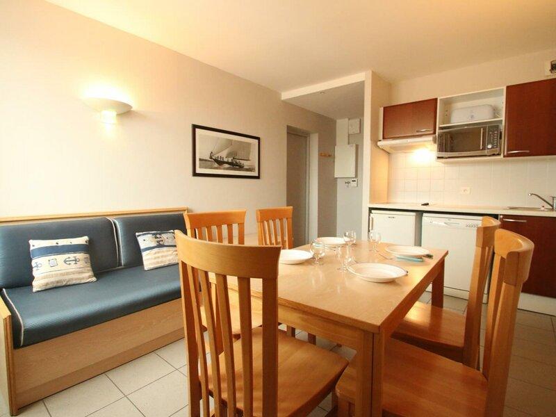 DERNIERES MINUTES Appartement T2, dans résidence de vacances avec piscine à La, aluguéis de temporada em La Tranche sur Mer