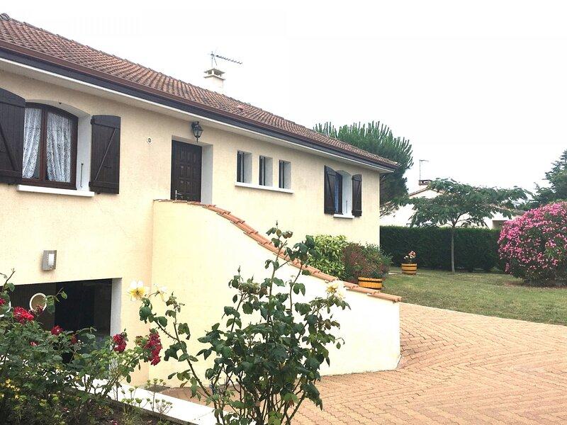 Maison de vacances pour 8 personnes Saint Vincent sur Jard, holiday rental in Saint-Hilaire-la-Foret