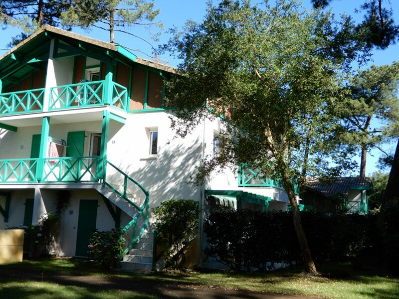 T3 en duplex dans résidence avec piscine et tennis - SO070, holiday rental in Soustons