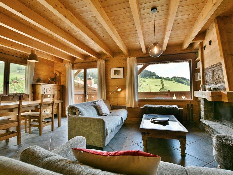 Magnifique chalet mitoyen, 4 étoiles, 12 personnes, 5 chambres, proche, location de vacances à Le Petit-Bornand-les-Glières