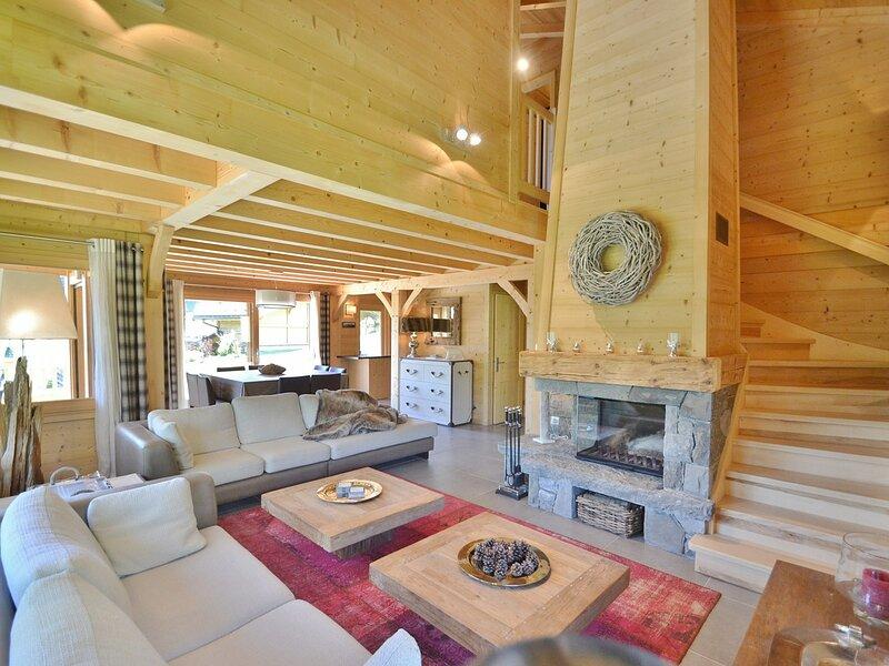 Magnifique chalet indépendant 4 étoiles pour 8 personnes, 4 chambres, wifi, location de vacances à Le Petit-Bornand-les-Glières