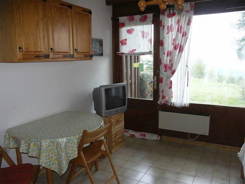 Studio 3 pl 4 couchages ST MICHEL DE CHAILLOL, holiday rental in La Motte-en-Champsaur