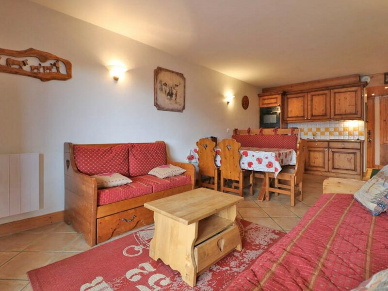 Agréable appartement exposé Sud avec parking, holiday rental in La Rosiere