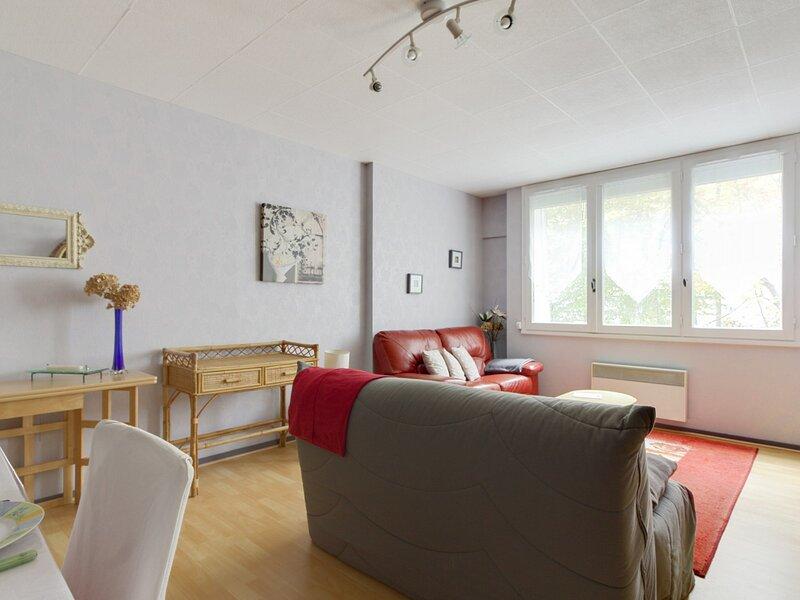 Appartement 6 personnes avec 1 chambre, résidence Myrtilles, aluguéis de temporada em Beost