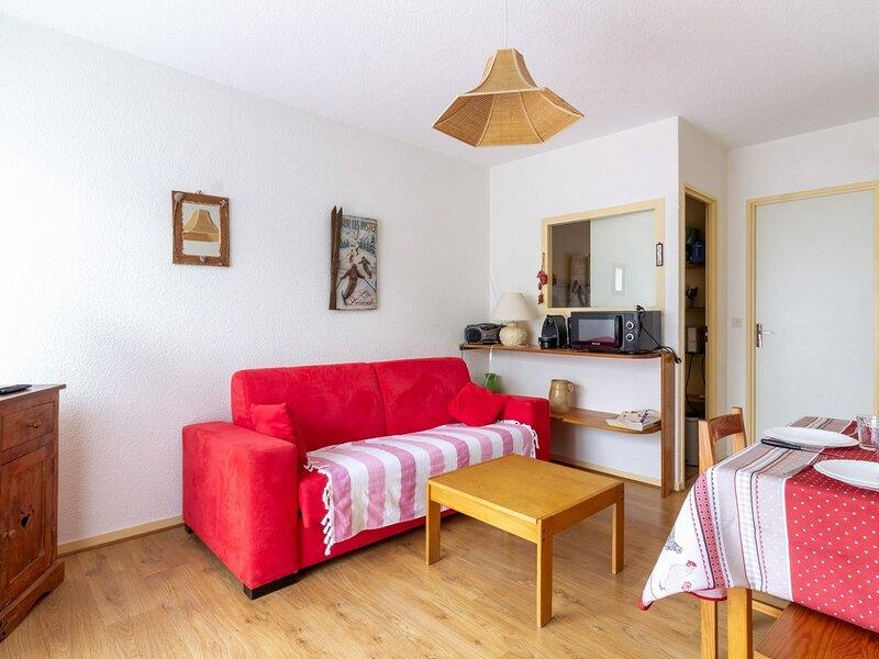 Studio cabine avec place de parking pour 4 pers., holiday rental in Estaing