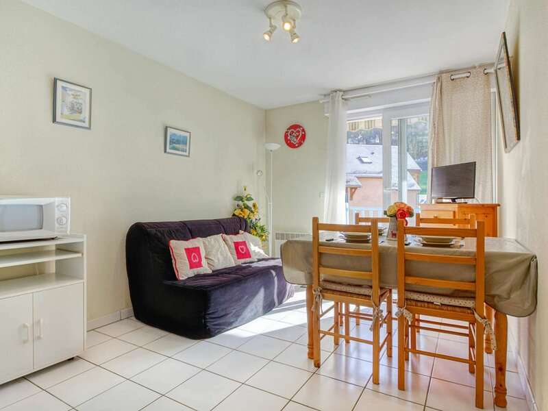 T2 CABINE 6 PERSONNES CALME RESIDENCE CLOS ST CLEMENT, holiday rental in Saint-Sauveur