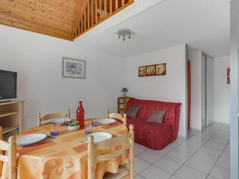 APPARTEMENT T2 CABINE DUPLEX  6 PERS RESIDENCE DE LYSE, holiday rental in Saint-Sauveur