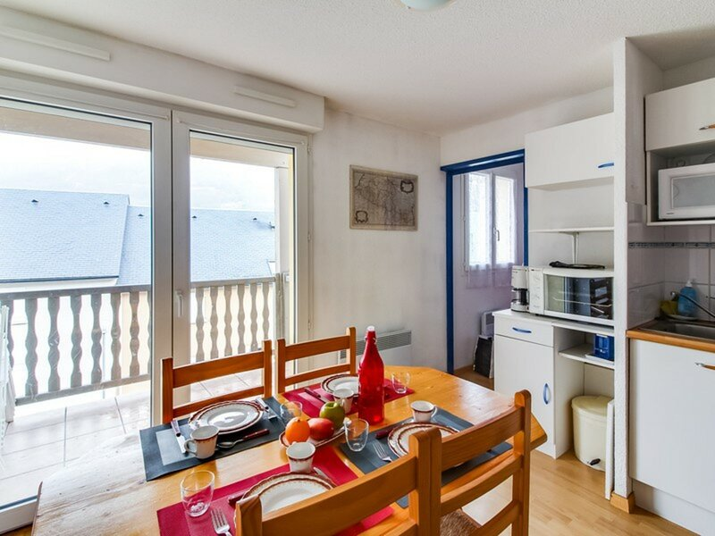 APPARTEMENT T2 CABINE 4PERS RES DU CLOS SAINT MICHEL, holiday rental in Viscos