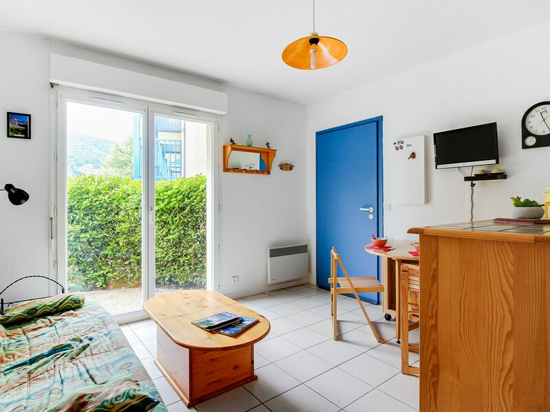 STUDIO DOUBLE CABINE 4 PERSONNES RESIDENCE ESTIBERE, holiday rental in Viscos