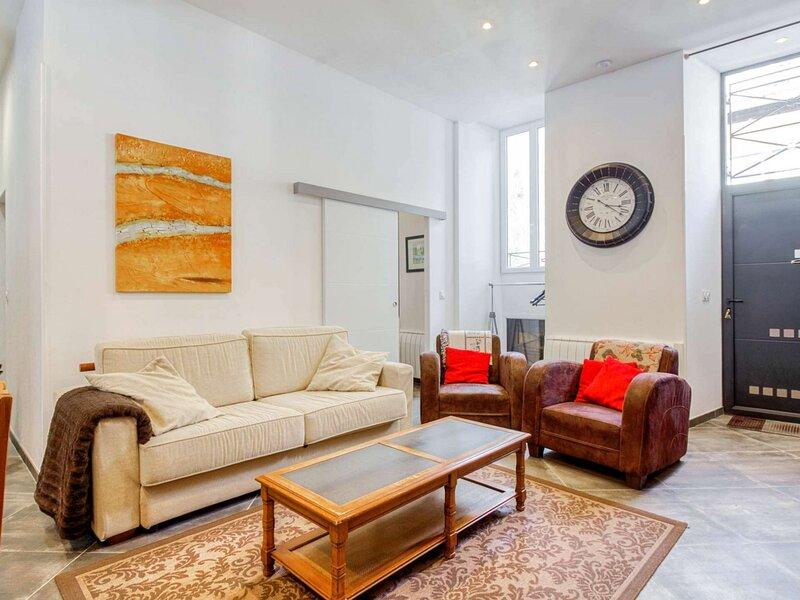 Bel appartement 8-9 personnes, centre de Barèges, vacation rental in Bareges