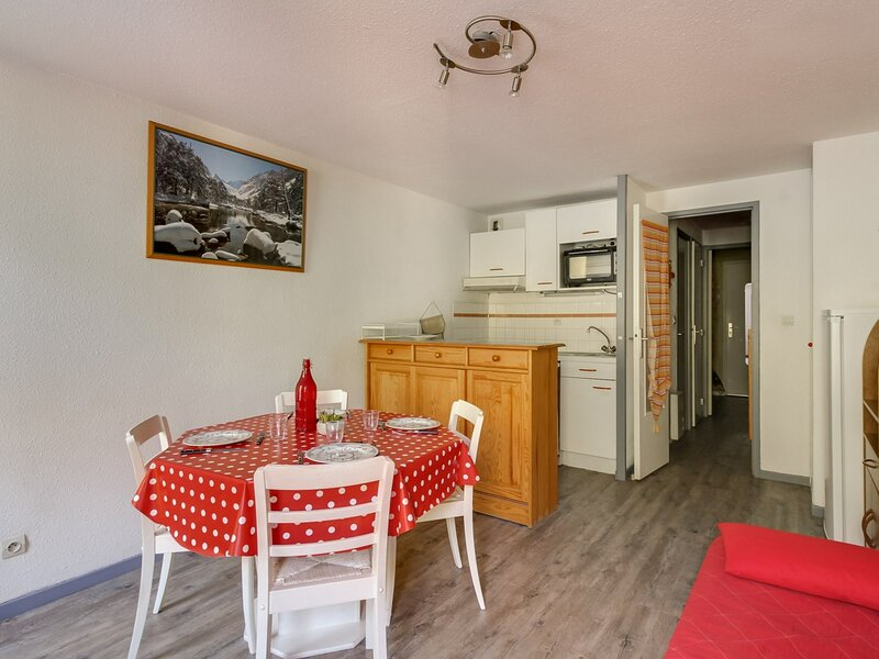 Studio cabine 6 personnes, Résidence Artigalas N°23, holiday rental in Bareges
