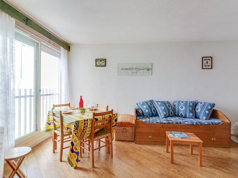 Appartement de 4 personnes, Résidence de lAyré 602, holiday rental in Sers