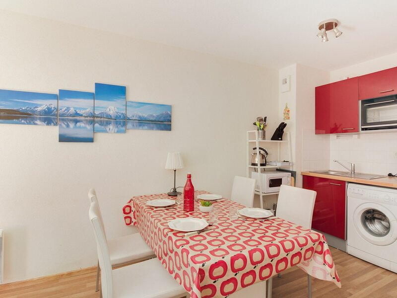 Appartement 5 personnes, Résidence Bois de Marie, holiday rental in Sers