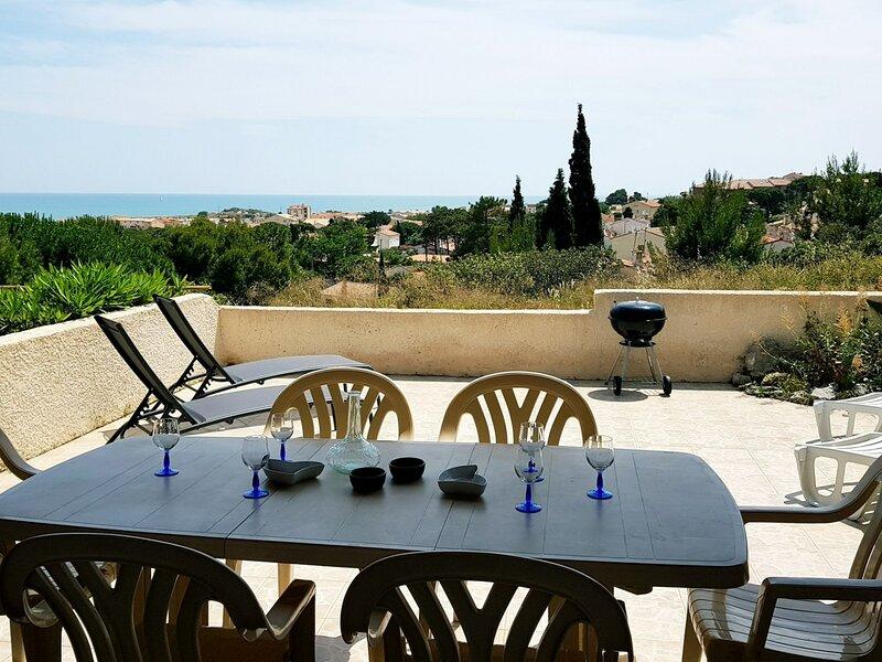 PA 14 Villa 4 pièces 6 couchages SAINT PIERRE LA MER, location de vacances à Saint-Pierre-la-Mer