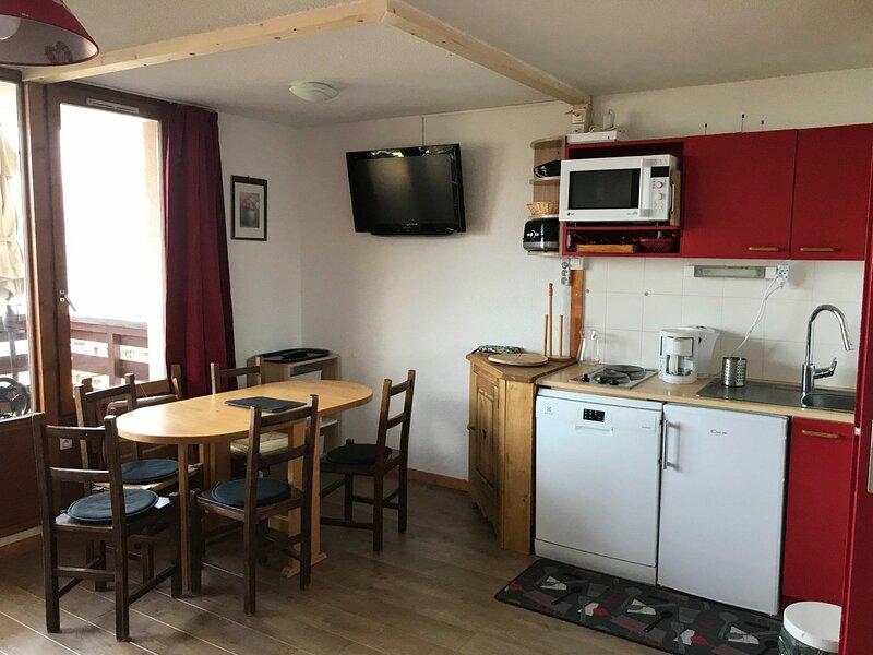 Appartement 4 personnes à Vallandry proche des pistes et des commerces, casa vacanza a Vallandry