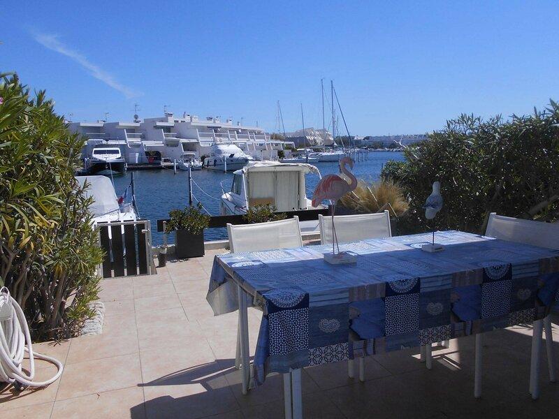 Belle marina 3 pièces traversante proche de la plage, vacation rental in Port Camargue