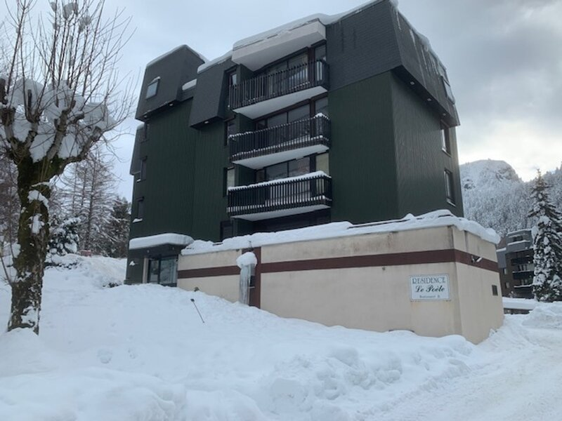 Résidence le Poète  F 3  5 Couchages, holiday rental in Chambon-sur-Lac