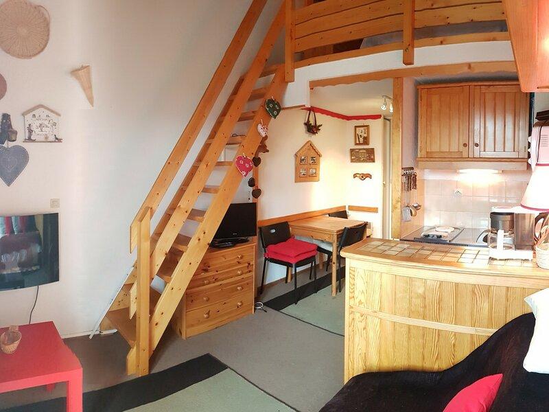 4 pers 24m² - 3ème étage Sud, location de vacances à Les Bottières