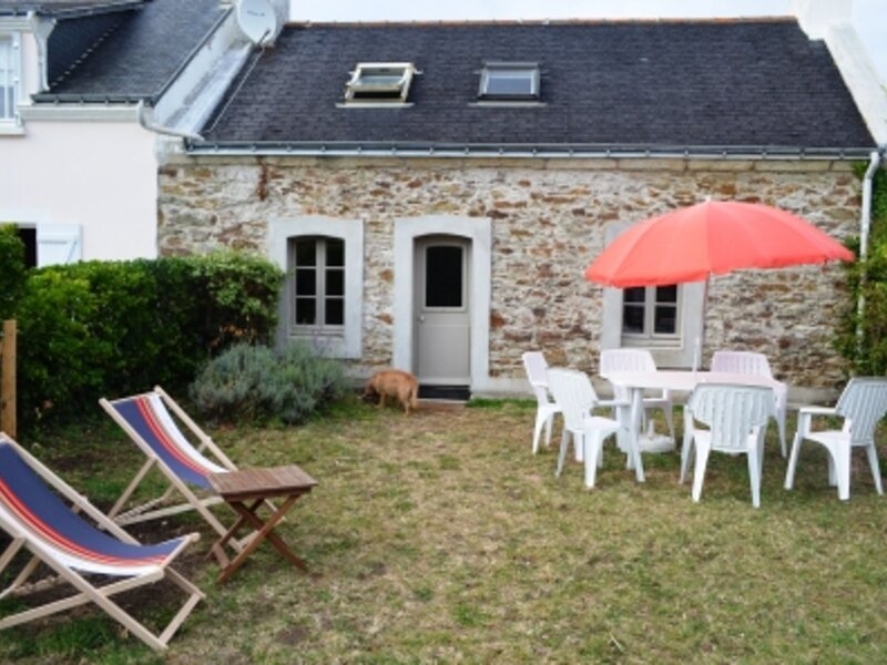maison en pierre avec jardin à Kervilahouen à 1500 m de la plage de Vazen, alquiler vacacional en Belle-Ile-en-Mer