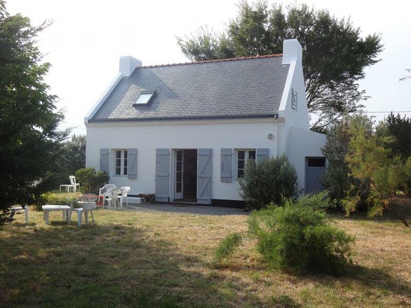 Maison avec jardin clos, située à Bortentrion et à 1 Km de Sauzon., location de vacances à Sauzon