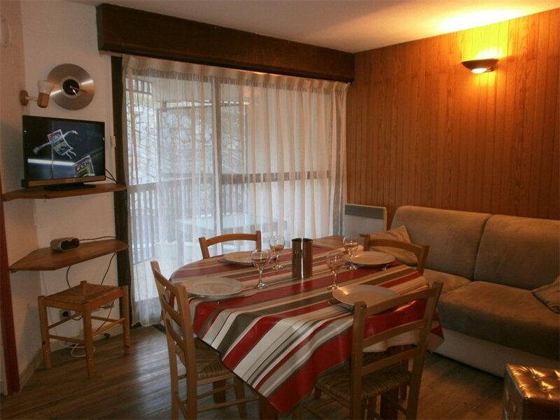 T2 6 PERS FONCIA  6 couchages ST LARY SOULAN, vacation rental in Tramezaigues