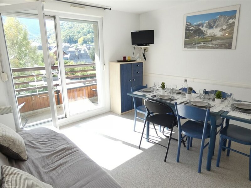 T2 6 PERS FONCIA  6 couchages SAINT LARY SOULAN, holiday rental in Azet