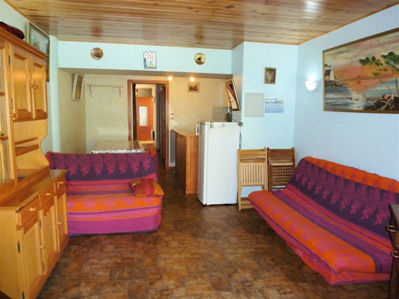 APPARTEMENT AVEC 8 COUCHAGES, holiday rental in Sers