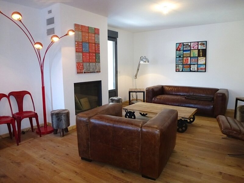 APPARTEMENT AVEC 4 CHAMBRES, WIFI, BALCON, PROCHE CENTRE ET THERMES, vacation rental in Bareges