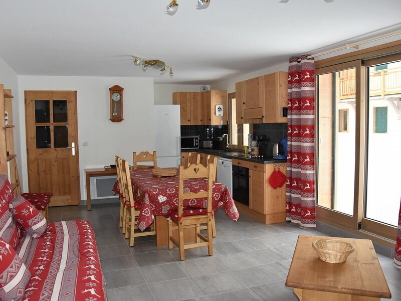 Bel appartement neuf, dans le centre, location de vacances à Pralognan-la-Vanoise