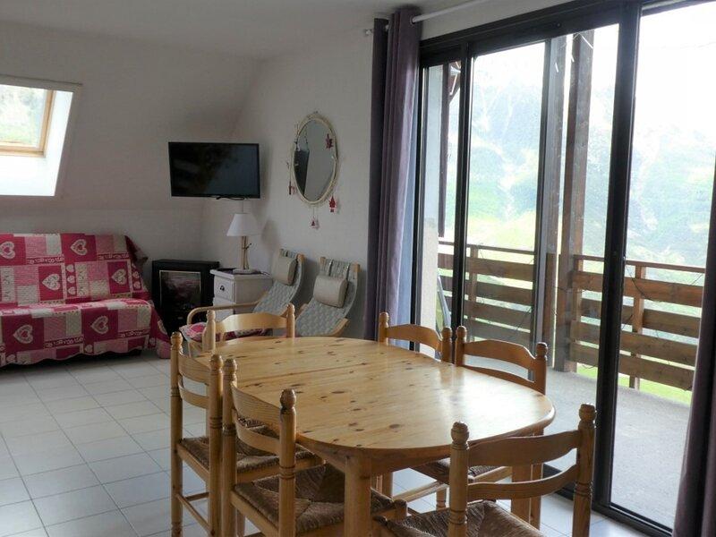 Appartement T3 8 personnes vue vallée Chabrières 49 Réallon, alquiler de vacaciones en Reallon