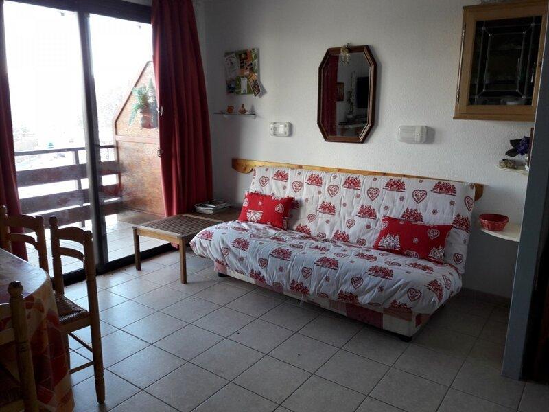 Appartement T2 6 personnes Gardette Réallon B22, alquiler de vacaciones en Reallon