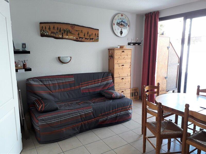 Appartement 6 personnes T3  accès extérieur Gardette Réallon B4, holiday rental in Puy-Sanieres