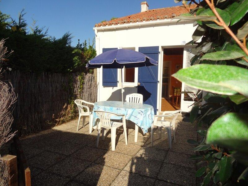 Maisonnette studio accès plage à 150 m !, location de vacances à La Faute sur Mer