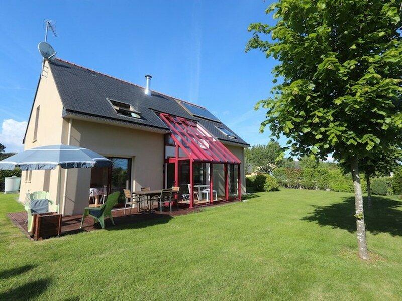 Maison moderne sur la route des plages, holiday rental in Clohars-Fouesnant