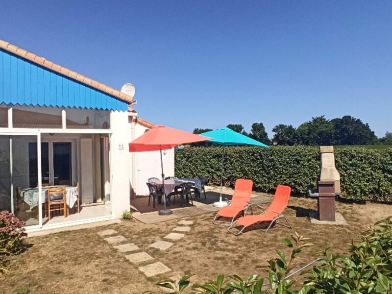 Jard sur mer maison dans résidence avec piscine., holiday rental in Jard-sur-Mer