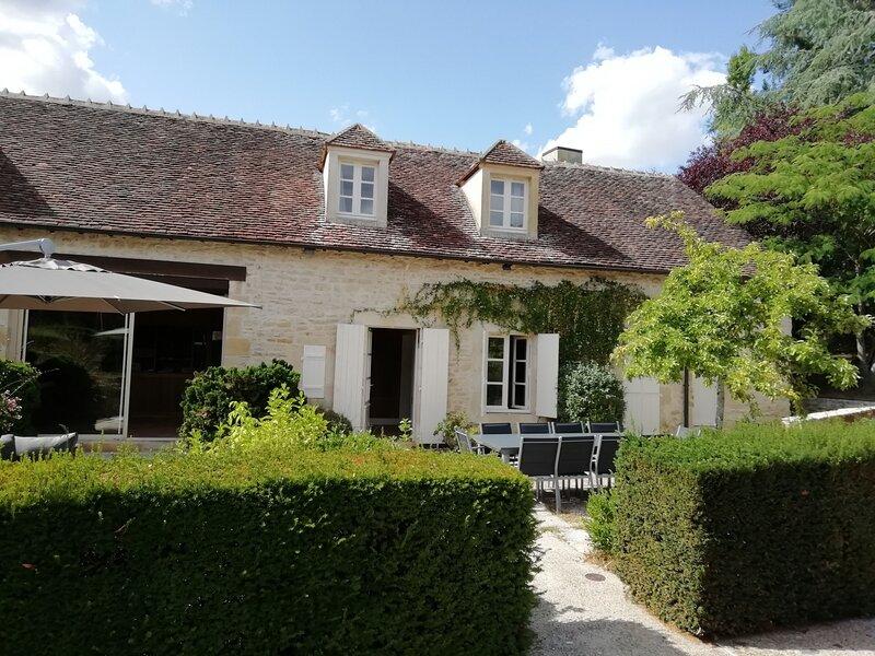 Le Gîte de l'Abbaye, location de vacances à Saint-Pierre-les-Bois