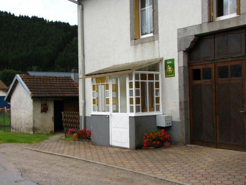Gîte à Granges-sur-Vologne, alquiler vacacional en Fays