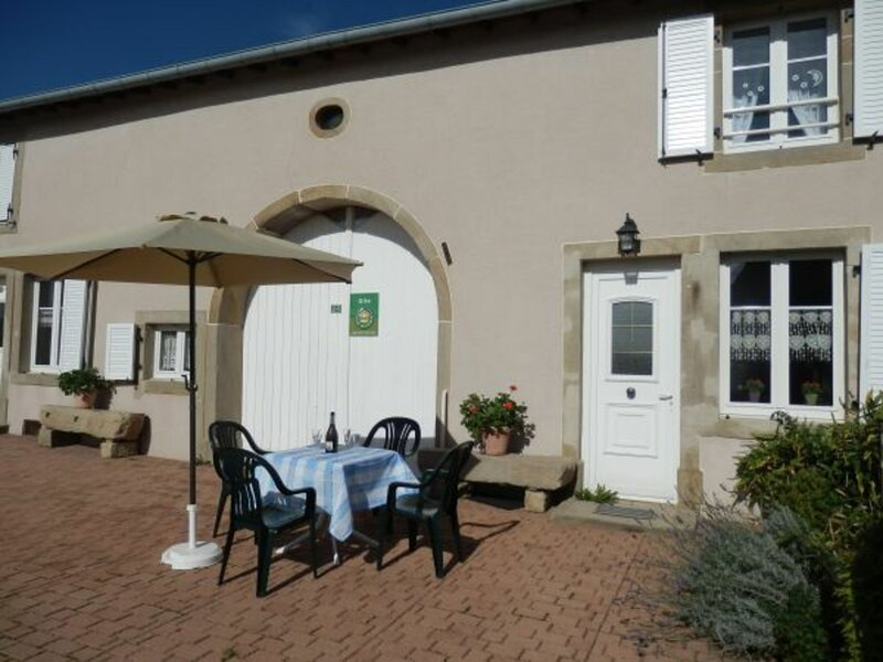 Gîte à Lironcourt, holiday rental in Fontenois-la-Ville