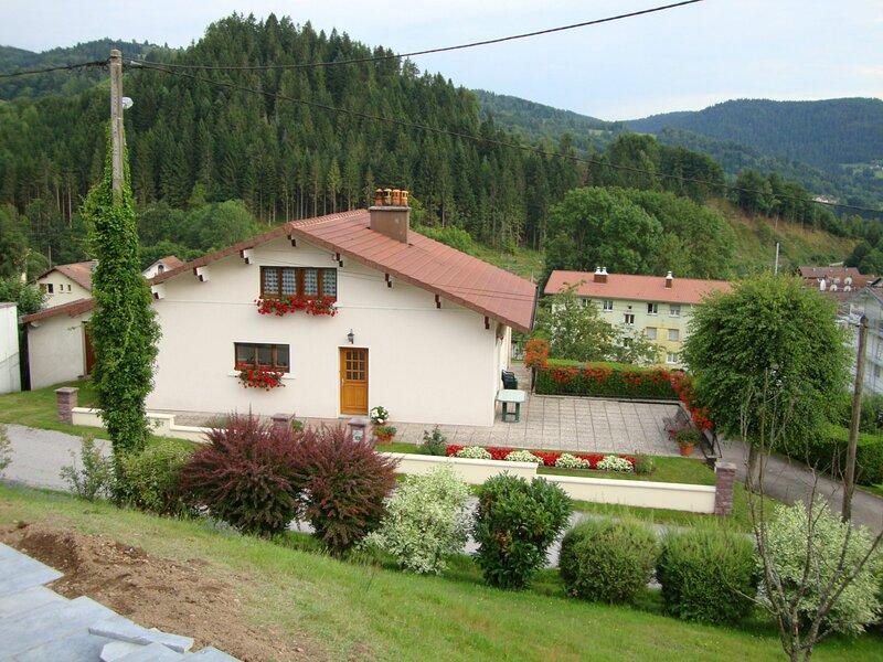 Gîte Chez Annette et Jean-Marie, holiday rental in Liezey
