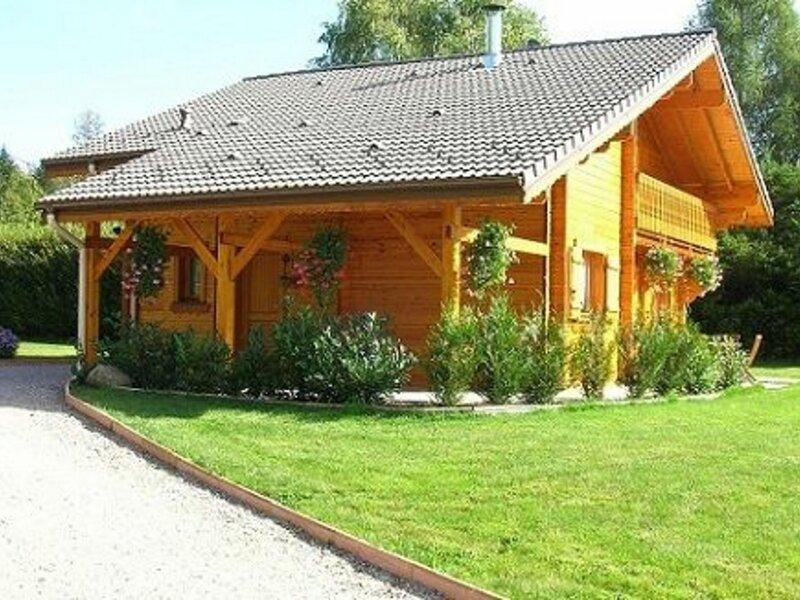 CHALET LES ECUREUILS, location de vacances à Remiremont