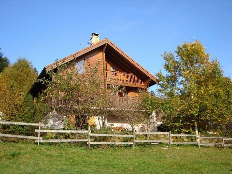 Les Bruyères, holiday rental in Liezey